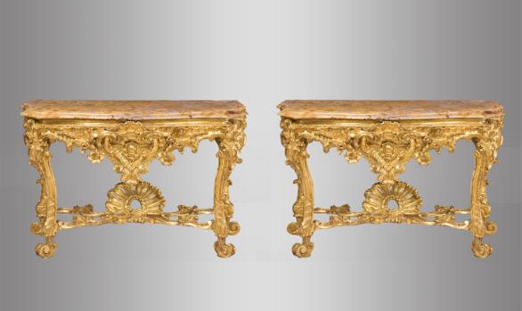 Pareja de Consolas romanas <br/>Italia Siglo XVIII