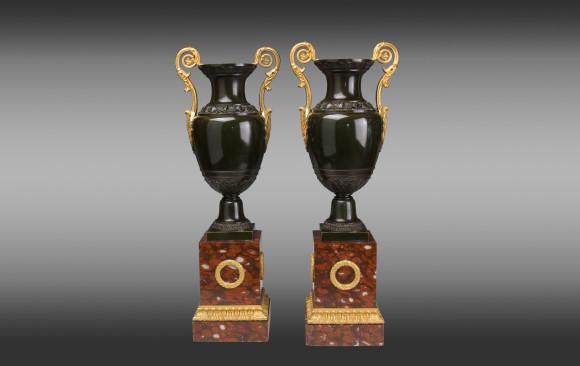 Jarrones en bronce patinado y dorado Franceses<br/>Época Restauración