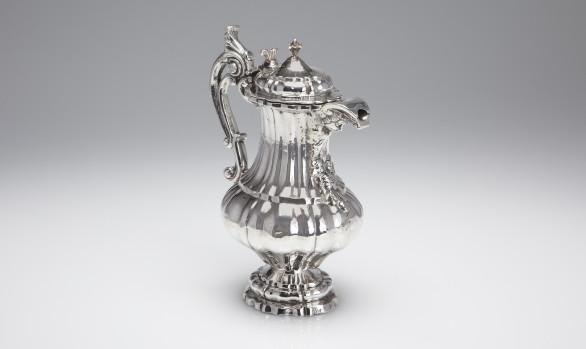 Jarra de plata Española<br/>Mediados del Siglo XVIII