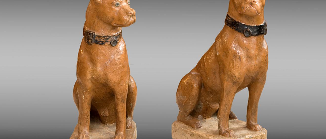 Perros en piedra