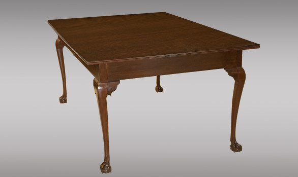 Dining or centre table in mahogany <br/> Nineteenth Century