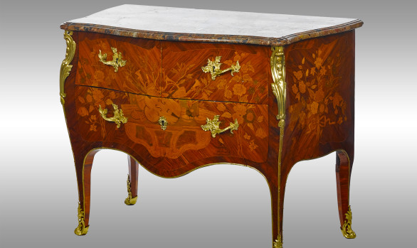 A superb marquetry Luis XV Commode<br/>18th. Century