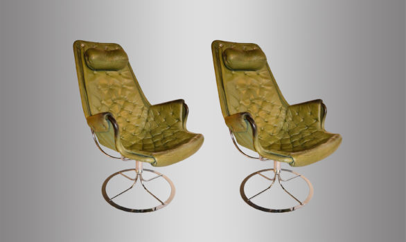 Pair of swivel chairs <br/> by Bruno Mathsson 1970