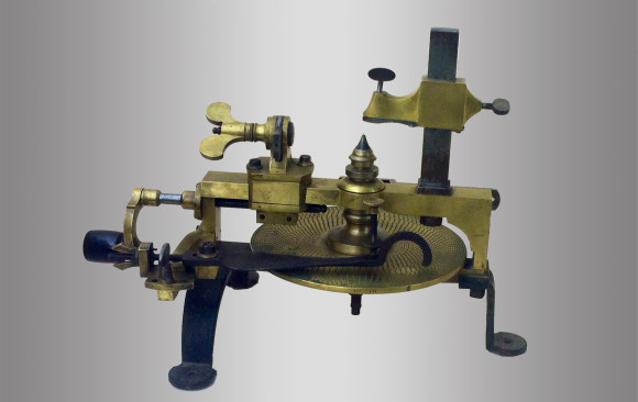 Old gear cutting machine watchmaker<br/> Circa 1900