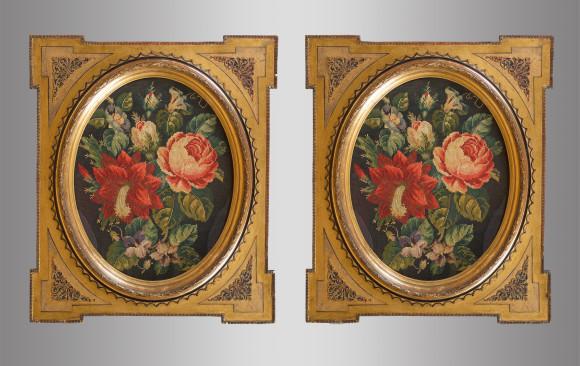 Pareja de Tapices enmarcados<br/> con motivos florales<br/> Siglo XIX