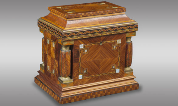 Jeweler Box in Rosewood Marquetry<br/> with Mother Pearl applications