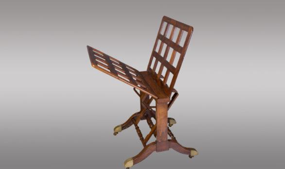Raro Mueble inglés articulado <br/> realizado en caoba <br/> Hacia 1835