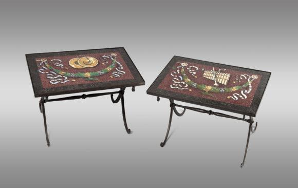 Mesas bajas con tapas de estucos <br/> Siglo XlX